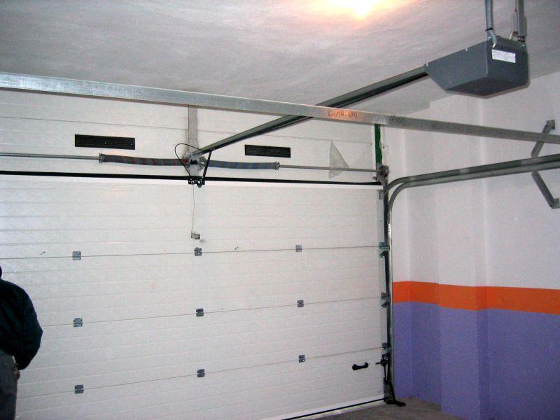 Puertas seccionales lusan automatismos - Motor para puerta seccional ...