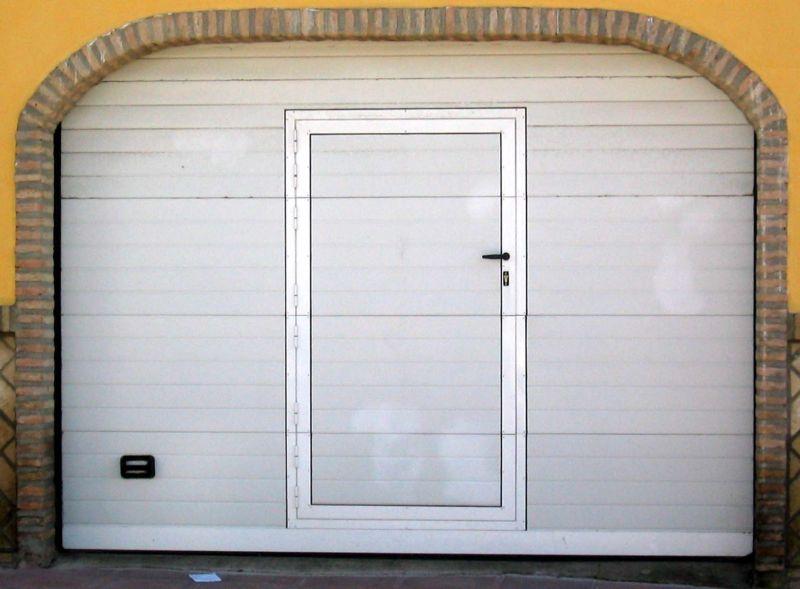 Puertas seccionales lusan automatismos - Automatismos para puertas de garaje ...